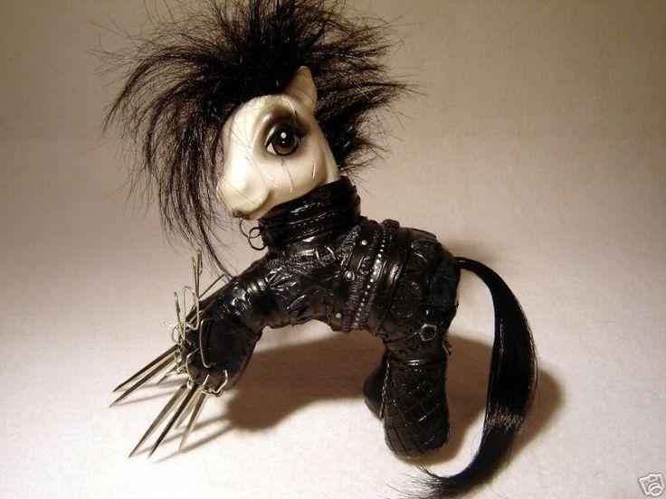 Edward Scissor Pony.