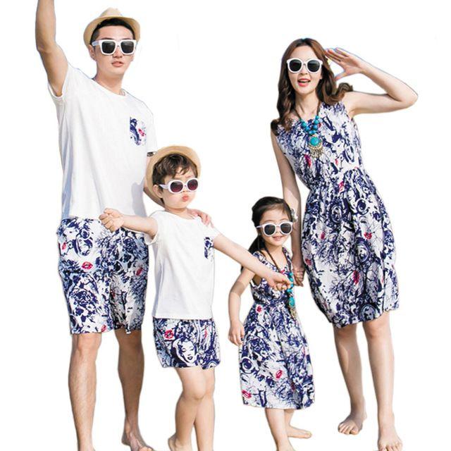 Frete Grátis Nova de Verão da família roupas combinando Conjuntos de pai e filho Mãe E Filha se veste vestido Floral manga curta camisa Calças T