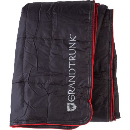 The Grand Trunk Packable Synthetic Blanket is lightweight and compresses down to five by thirteen inches in its stuff sack so you can take a bit of fluffy warmth everywhere. Its synthetic insulation and soft polyester shell is sure to make everyone on airplanes, car rides, hostels, and campsites envious while you cozy up.