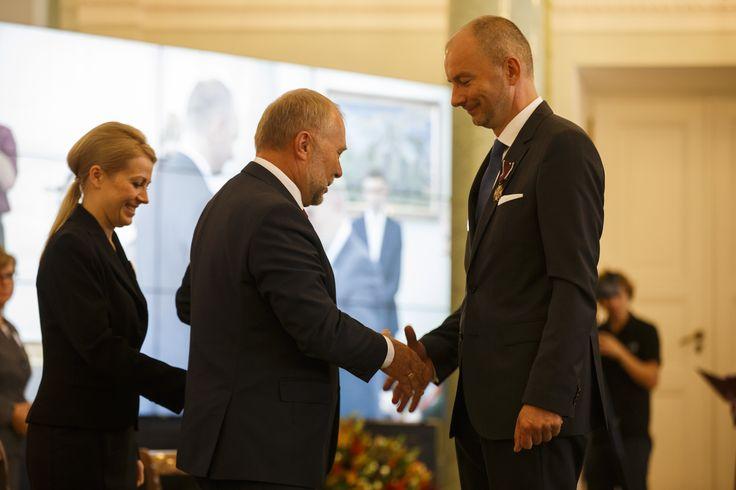 prezydent rp bronisław komorowski przyznał krzyże zasługi prezesom wolontariuszom pawel ornatek