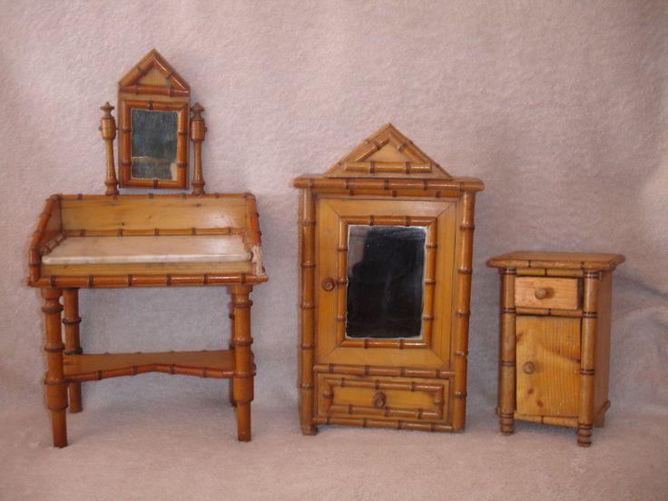 ARMOIRE de poupée, COIFFEUSE marbre, TABLE DE NUIT bambou