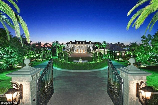 63 best amazing house images on pinterest dream homes for Mega mansions in florida