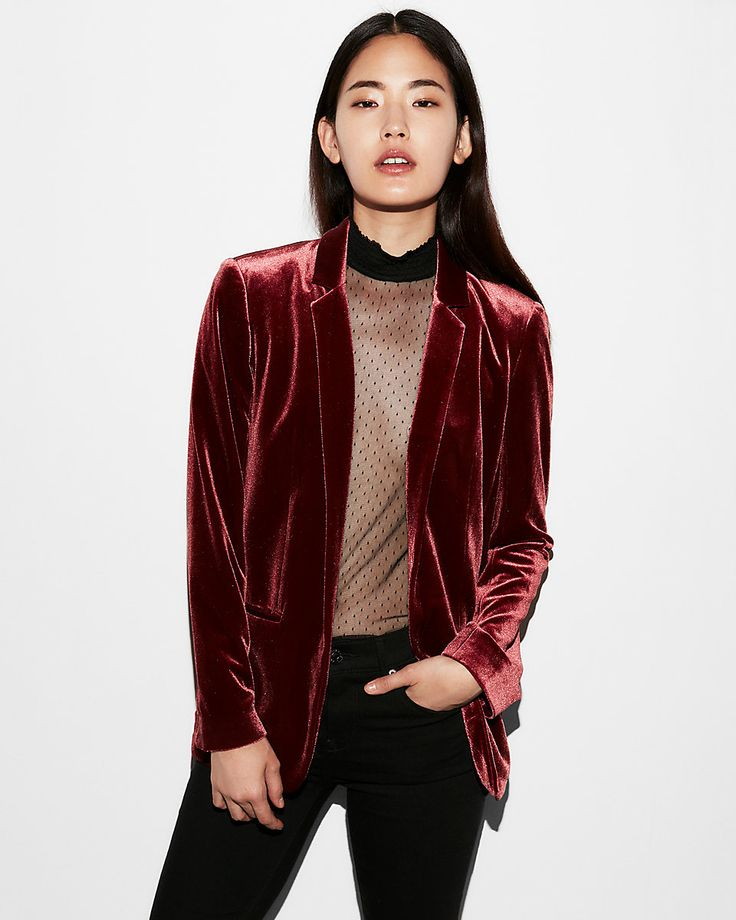 A formal lapel and chic cut make this blazer a hit, while smooth velvet adds luxe trend appeal to your look. Pair with a fitted top for style that turns heads.