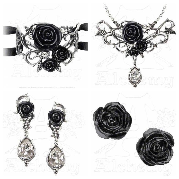 La Parure Bacchanal Rose de la marque Alchemy Gothic est composée du Collier, du Bracelet et des Boucles d'oreilles assorties pour un style Gothique Romantique à souhait! Le cadeau idéal pour vous ou l'élue de votre Cœur. #Bijoux #Gothique #Romantique