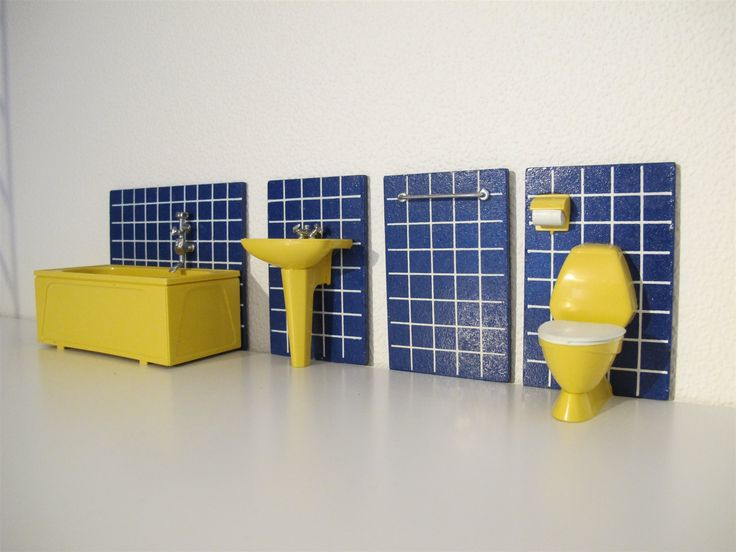 Badrum Badrumsinredning Toalett Vask Badkar WC 60-tal Lundby Dockhus Dockskåp