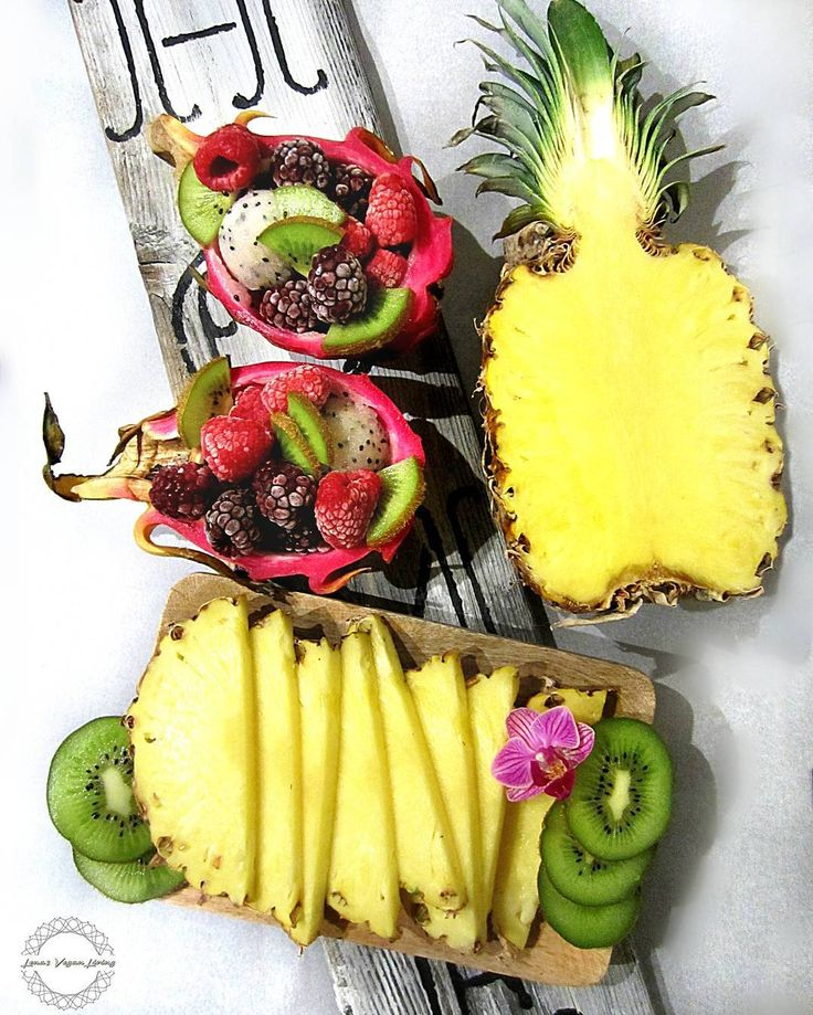 HAVE A WONDERFUL WEEK   #vegan #fruits #plantbased #fruitarian #raw #food #delicious #nutritious #pineapple #dragonfruit #berries #kiwi #antioxidants #wholefood #organic #nongmo #crueltyfree #worldwideveganfood