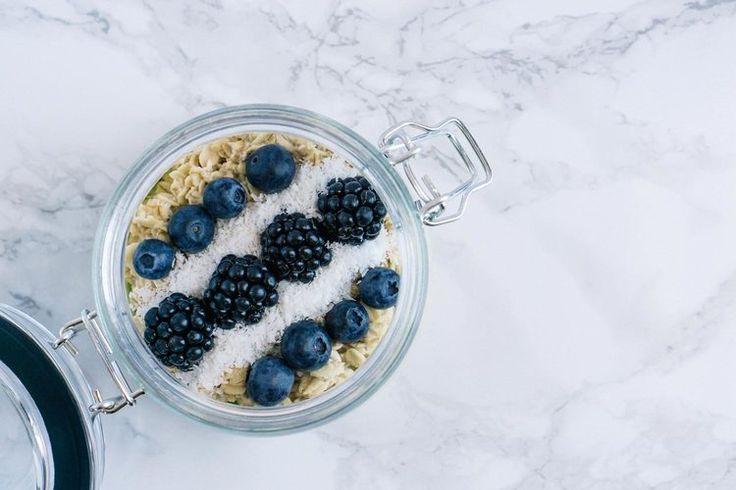Porridge with Blueberries and Blackberries — PixaSquare | Free Hi-Res Stock Photos