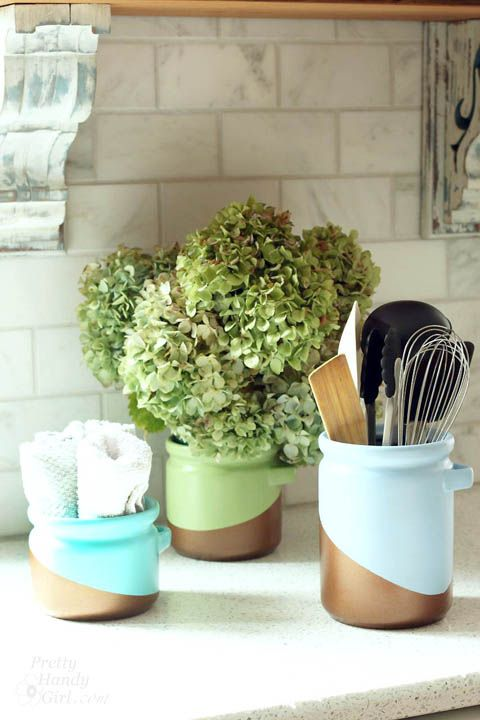 DIY Metallic Color Blocked Canisters... unhappy with the color of your canisters...paint them.