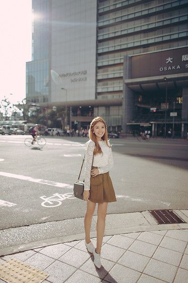 Get this look: http://lb.nu/look/7565794 More looks by Tricia Gosingtian: http://lb.nu/tgosingtian Items in this look: Yesstyle Top, Sfera Skirt, Lapalette Bag, R&E Rezoy Shoes #chic #classic #romantic