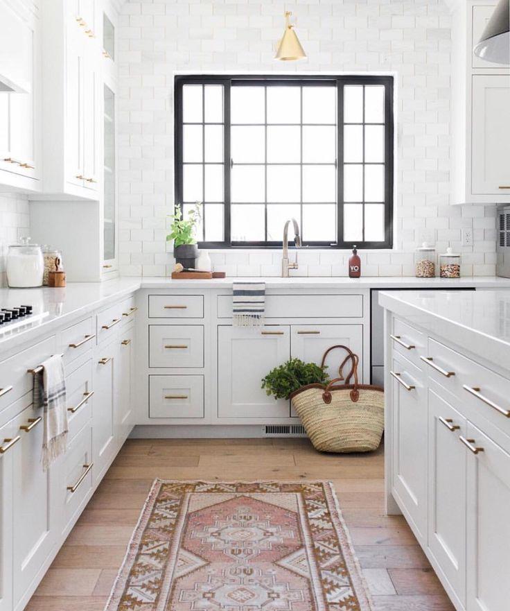 10 Favorite Kitchens From Studio Mcgee Design Chic Kitchen Design Small Kitchen Interior White Modern Kitchen