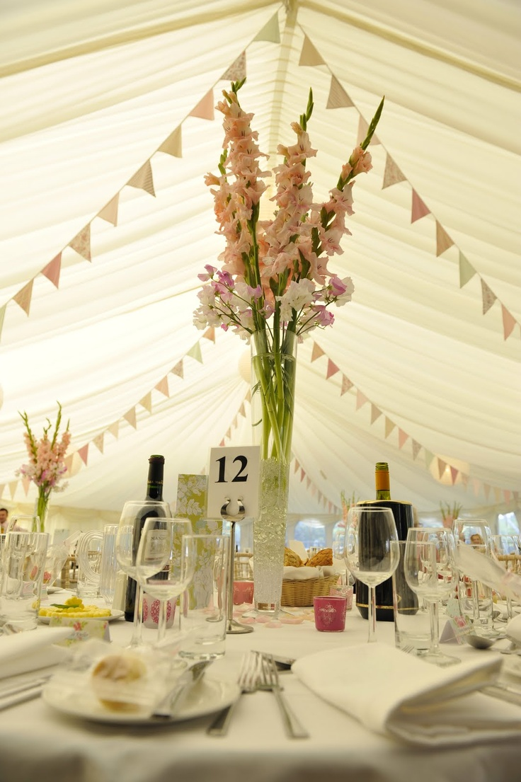 280 best weddings bunting images on pinterest buntings for Table centrepiece