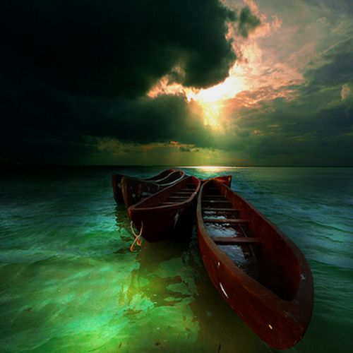 Green seaPhotos, Green Home, Wood Boats, Nature, Beautiful, Sea, Pictures, Shades Of Green, Photography
