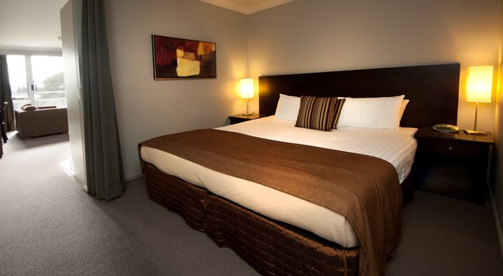 A Deluxe Studio Apartment at Rydges Horizons Snowy Mountains