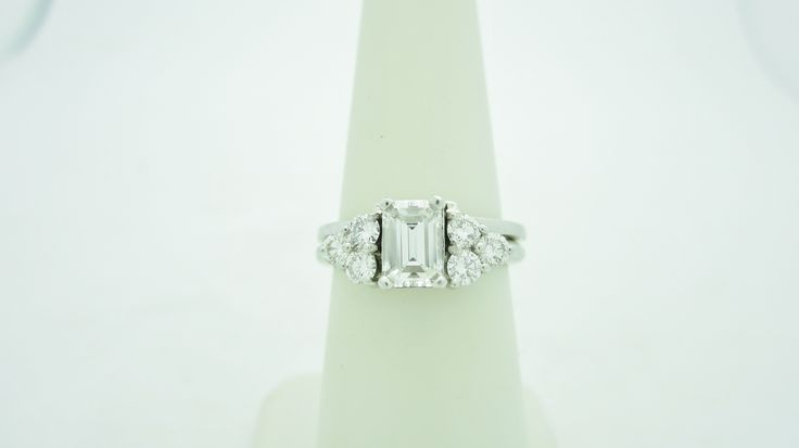 14k White Gold  1.25ctw  .80ct  vs center Diamond Engagement Ring  Check out our eBay store stores.ebay.com/newbeginings10