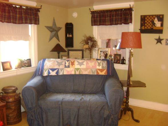 Primitive Country Living Room I Would Like To Sew Covers For My