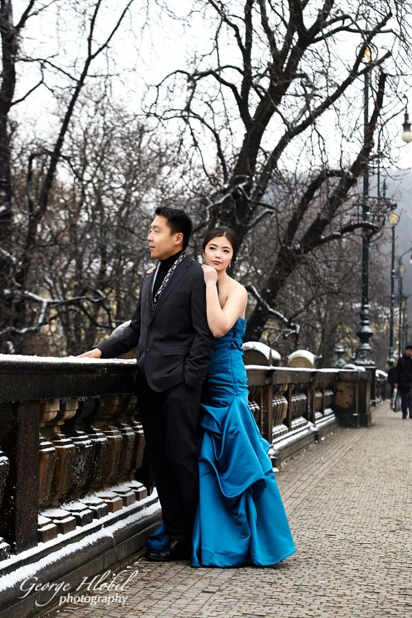 Prague_pre_wedding_photo_shoot_George_Hlobil_1156