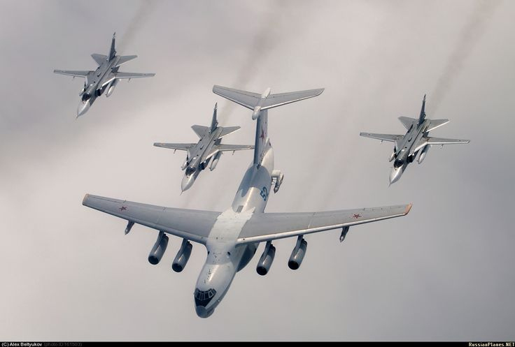 Russian Air Force Il-78 Midas Tanker and Su-24 Fencersvia Russian Planes