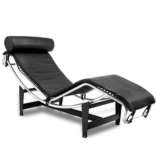 Original tumbona para jardín o terraza relax en acero cromado y tapizado en piel negra de los clásicos del diseño modernista del s. XX.