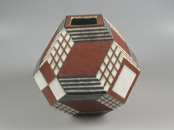 // Rosemarie Barthelme geometric vase