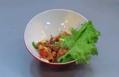 «Хорошая еда» c Анной Федоровой рецепты - запеченный лосось с диким рисом рецепт, клюквенный сокс пряностями, салат с рыбными кубиками за 10 минут :: JV.RU