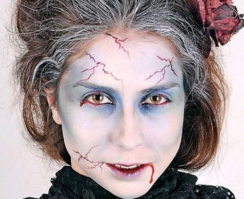 halloween-makeup-vampire-zombie-woman-look from: http://www.diy-enthusiasts.com/diy-fashion/halloween-makeup-ideas-men-women-kids/