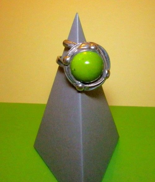 http://megasilver.pl/Pierscionek-p297 #ring #metalwork #handmade #green #howlite #stone #jewelry