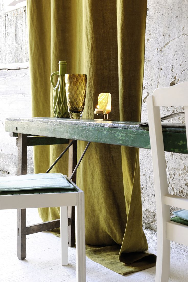 Gypsies fabric. Natural and elegant linens make their statement in today's trends. Élitis has expanded its range of linens with a gorgeous heavy linen. Curtains and seat covers. Useable width 138 cm. http://www.elitis.fr/en/fabric/collection-gypsies-253#.VUo-y_ntmko #fabric, #curtain, #seat, #linen, #natural, #colorfull, #washable