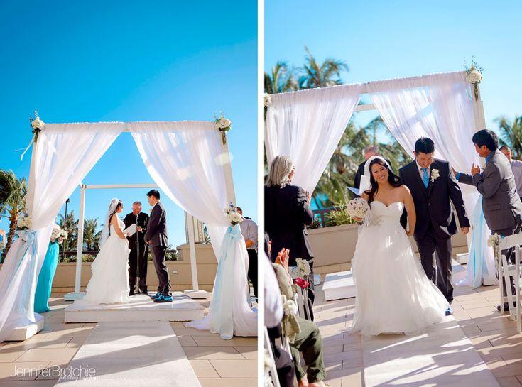 oahu wedding and family photographer waikiki hawaii hyatt regency hotel venues