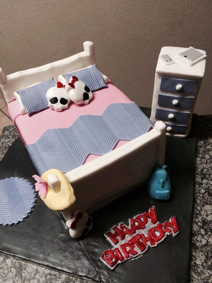 Bedroom Cake for Mari-Jaun on her 12th birthday