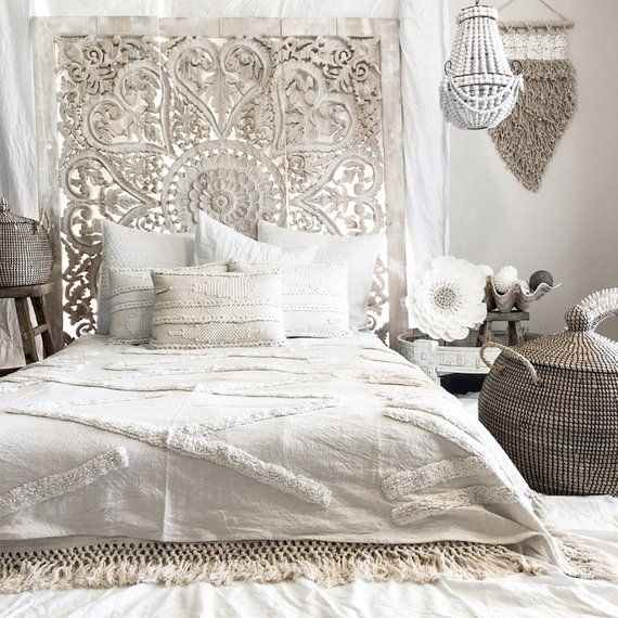 Bohemian Beach House King Size Bed Headboard With Heart Shaped Design Hand Carved Wall Art Decor M Romantic Bedroom Design Modern Bedroom Decor Modern Bedroom