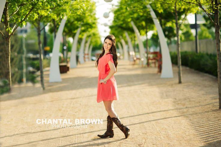 Klyde Warren Park in Dallas, TX.   By Dallas Prosper Senior Portrait Photographer Chantal Brown Photography.
