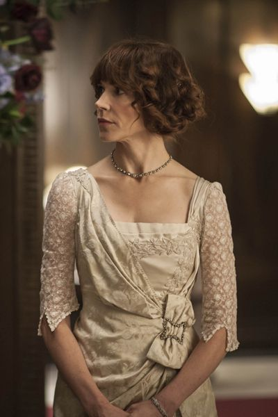Rose Selfridge - Frances O'Connor in Mr Selfridge Season 2, set in 1914.
