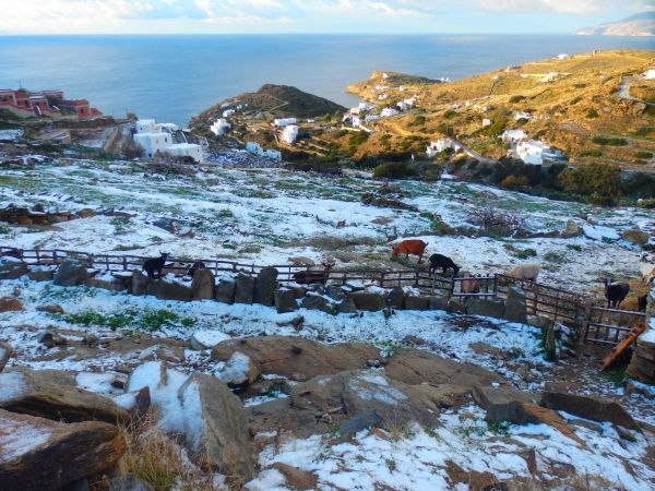 Slight and rare snow on New Year's Day, Ios island