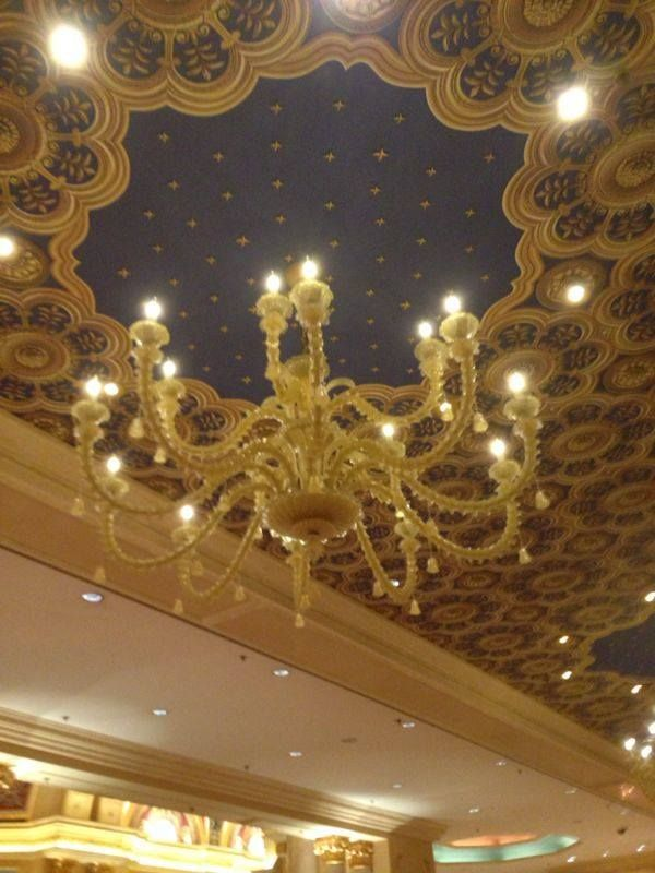 A Gorgeous Chandelier Is Ed With Liquidleds Led Candle Bulbs In The Venetian Macao