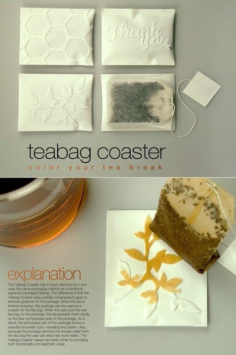 紅茶の色で絵が浮き出すティーパック。置いてからのお楽しみというのがいいな。 - #teabag #coasters