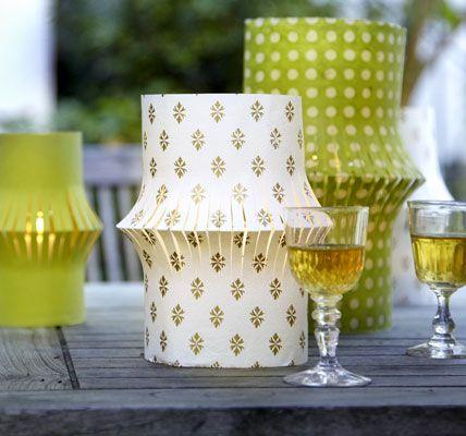 simple paper lanterns/luminarias