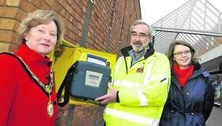 LIFE SAVING DEFIBRILLATOR FINDS NEW HOME IN CALNE - Thanks to Calne Town Council and the South Western Ambulance Service a new defibrillator has found a new home in Phelps Parade.
