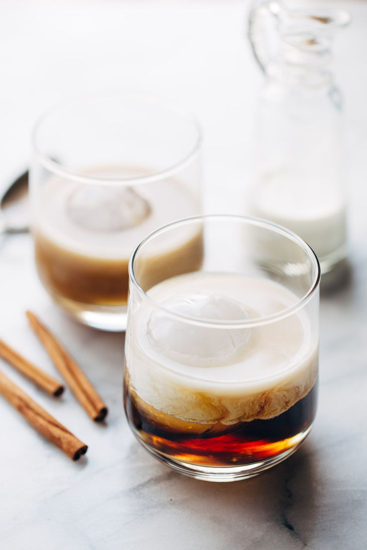Cinnamon White Russian - an easy holiday party drink! Made with vodka, coffee liquor, cream, and 5-minute homemade cinnamon simple syrup. | pinchofyum.com