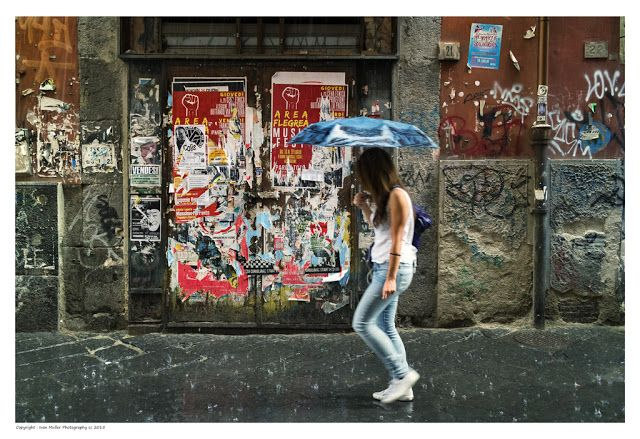 Ivan  Muller,  the  lazy  travel  photographer ...: Colours & Textures in Naples, Italy