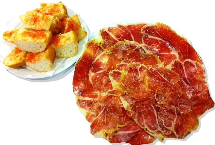 #Colazione a #Madrid: tortilla e jamon serrano