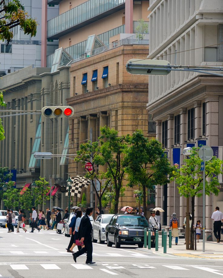 "https://flic.kr/p/9QnpmR | 仲町通 ""NAKAMACHIDORI St"" - 旧居留地 | 哲学を持って計画すれば、魅力的な街になる代表例。 Kobe, Japan."