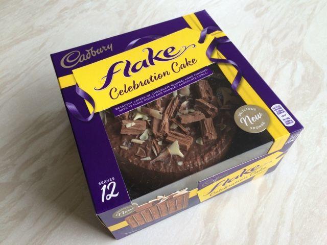 Reaching for Refreshment : Review- Cadbury Flake Celebration Cake
