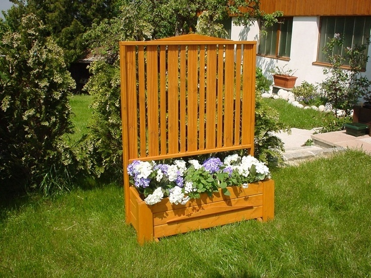 17 best images about garden plants on pinterest raised for Outdoor planter screen