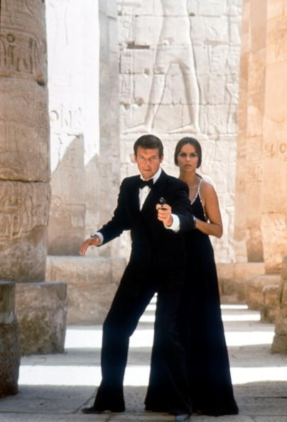 1977: Roger Moore and Barbara Bach in the James Bond film 'The Spy Who Loved Me'