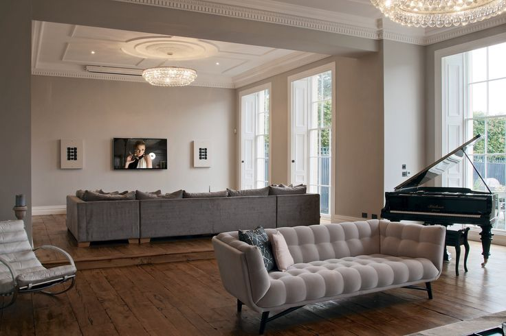 https://flic.kr/p/zqCxbo | Artcoustic 75-55SL6-3 system, installed by Home Entertainment Direct | The Artcoustic 75-55SL6-3 speakers are installed either side of the TV and colour matched to the Farrow & Ball Cornforth White walls. The cabintes and subwoofer below the screen at match to Farrow & Ball Railings to work beautifully within the room design. A drop down screen comes down for a more involving experience for movies and sporting events. www.artcoustic.com