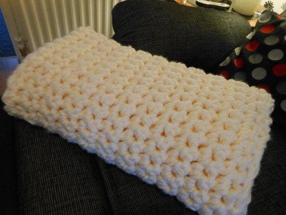 Hey, I found this really awesome Etsy listing at https://www.etsy.com/uk/listing/265799802/crocheted-chunky-giant-throw-lovely