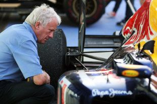 Charlie Whiting explains the 2012 F1 regulations. @inredbull