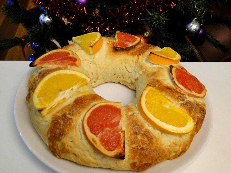 Aprende con esta receta a preparar un riquísimo roscón de reyes sin azúcar, apto para diabéticos e ideal para preparar el día de Reyes. ¡Con sorpresa! :)