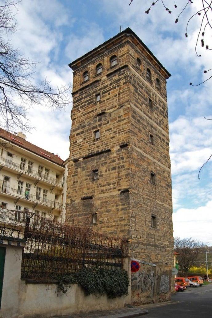 Новомлынская водонапорная башня (Novomlýnská vodárenská věž)