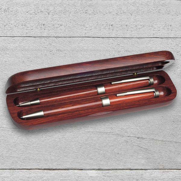 Rózsafa tollkészlet gravírozva, rózsafa tolltartóban